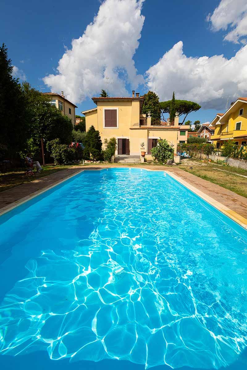 Casa Vacanza Grottaferrata con piscina esterna ad uso esclusivo degli ospiti
